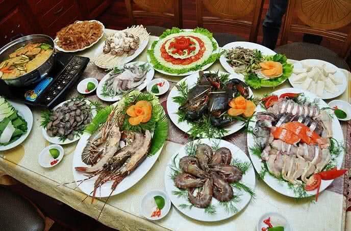 Hạn chế ăn hải sản khi bị nổi mề đay