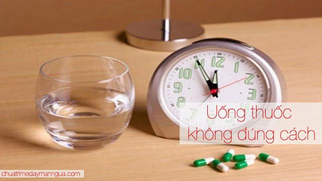 uống thuốc sai cách làm phản tác dụng của thuốc