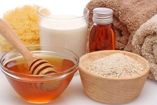 Làm gì khi da mặt bị ngứa và sần sùi 3