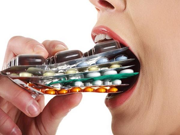 Dùng thuốc Tây điều trị bệnh mề đay Cholinergic tiềm ẩn các tác dụng phụ nguy hiểm