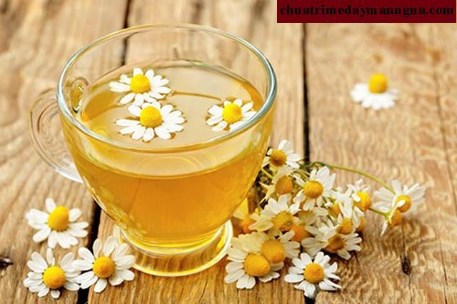 Chữa bệnh mề đay mãn tính bằng trà thảo mộc