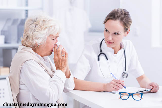 Gặp bác sĩ khi bạn bị dị ứng