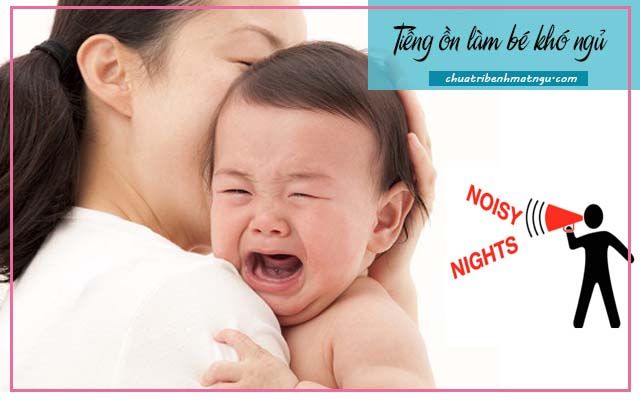 Trẻ sơ sinh ngủ ít có sao không