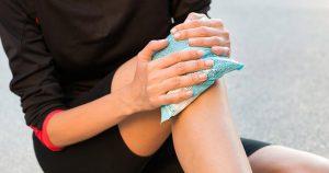 điều trị nổi mẩn ngứa ở tay và chân